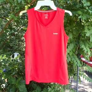 Reebok Red Play Dry Exercise Athletic Tank Top M